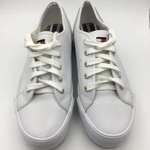 VTG Tommy Hilfiger WOMENS White Platform Sneakers